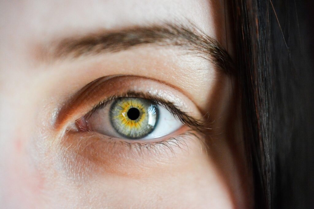 Zmęczone oczy, astygmatyzm - pojęcia związane ze zdrowiem oczu